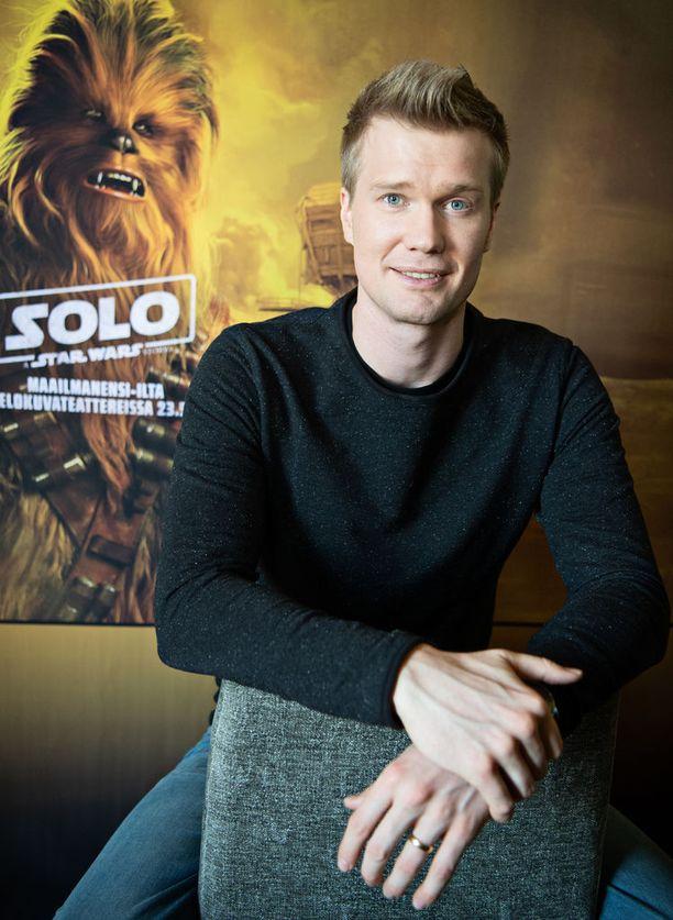 Suomalainen Joonas Suotamo nousi kerta heitolla maailmanmaineeseen, kun hän pääsi näyttelemään Star Wars -elokuviin.