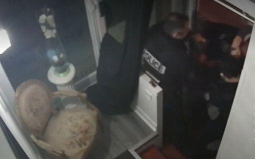 Ranskassa kuohuu taas: Valvontakamera tallensi, kuinka poliisit pahoinpitelivät mustan miehen Pariisissa