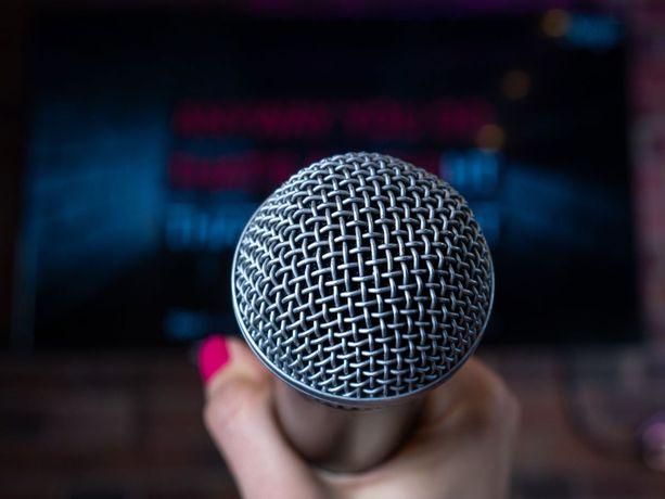Suomalaiset innostuivat karaokesta sen rantauduttua Japanista Eurooppaan 1980-luvun lopulla.