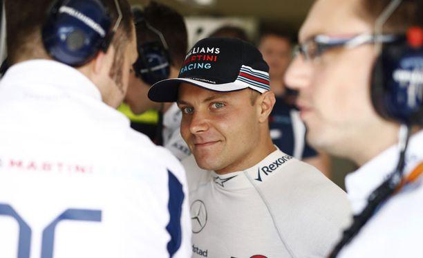 Valtteri Bottas on vahva ehdokas Mersun rattiin.