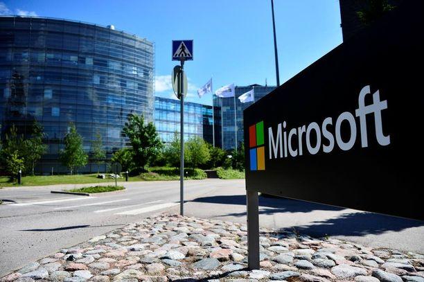Microsoft kertoi keskiviikkona lopettavansa Suomen matkapuhelinyksikkönsä kokonaan.