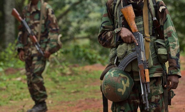 Sotilaita vartiossa Keski-Afrikan tasavallassa.