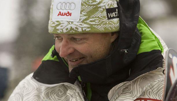 Suomen miesten alppihiihtomaajoukkueen päävalmentaja Christian Leitner on mielissään Palanderin tavoitteista.