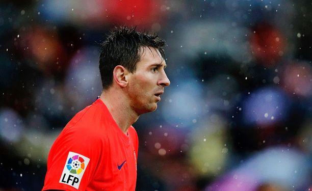 Lionel Messi pysyy otsikoissa.