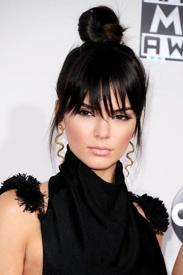 Kendall Jenner American Music Awards -gaalassa vuonna 2015.