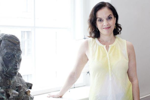 Anna-Leena Härkönen avautuu kiivaasta luonteestaan Kotilieden jutussa.
