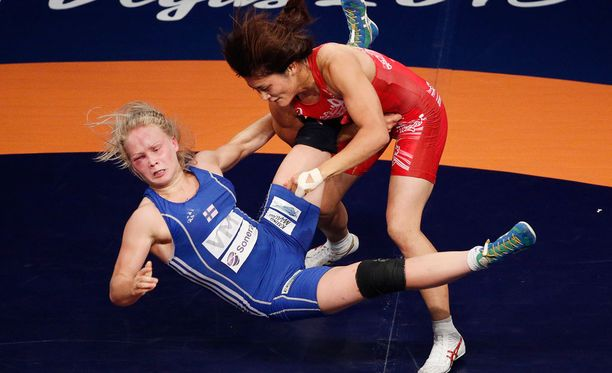 Petra Olli hävisi 58-kiloisten sarjan MM-finaalin Japanin Kaori Icholle.
