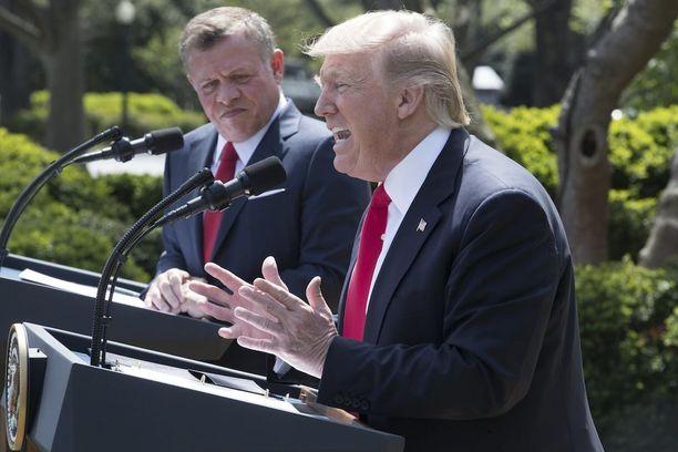 Trump tuomitsi Syyrian kaasuiskun kovin sanoin lehdistötilaisuudessaan Valkoisesa talossa yhdessä Jordanian kuninkaan Abdullah II:n kanssa.