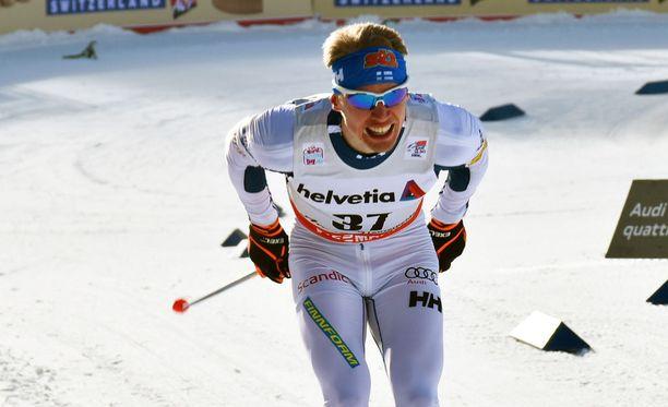 Iivo Niskanen oli seitsemäs Tour de Skin toisella etapilla sunnuntaina Sveitsin Alpeilla.