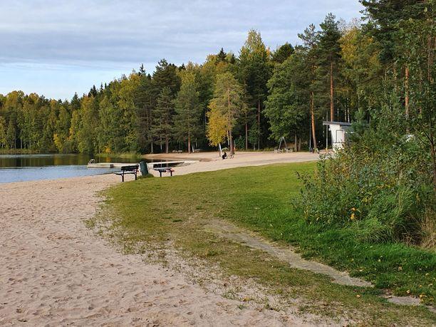 Poliisin mukaan epäilty rikos tehtiin Tesoman uimarannan lähellä sijaitsevassa metsikössä.