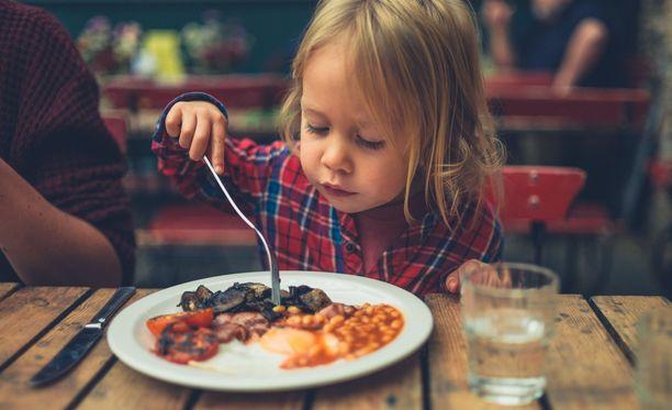 Ruoalle ei saisi ladata välinearvoa, muistuttaa ravitsemusasiantuntija.