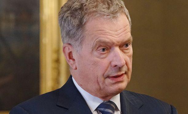 Niinistö kuvaili ammuttua oppositiojohtajaa rohkeaksi poliitikoksi.