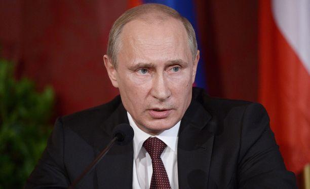 Putinilta vaaditaan enemmän tekoja.