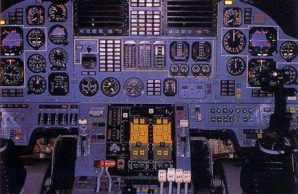 TU-160 0n ollut palveluskäytössä vuodesta 1987. Se on maailman painavin sotilaslentokone.
