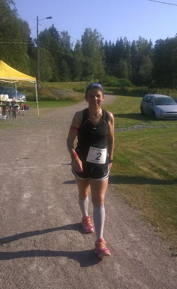 Yhden viime kesän maratoneista Ritva juoksi Söderkullassa, Sipoossa.