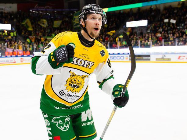 Jasse Ikonen kiekkoili viime kaudella Ilveksessä.