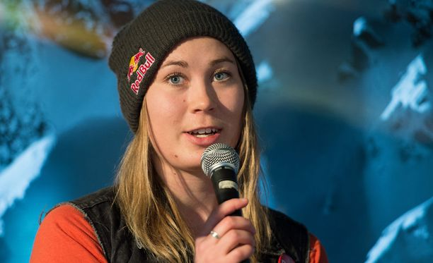 Enni Rukajärvi palkittiin Urheilugaalassa esikuvapalkinnolla.