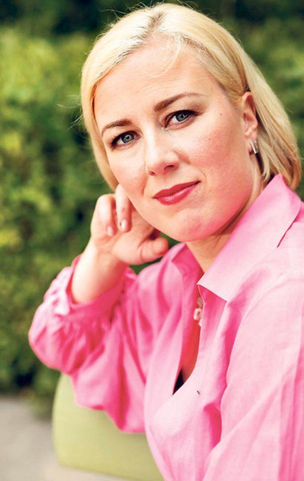 Demarijohtaja toimii myös pinkin juhlan suojelijana.