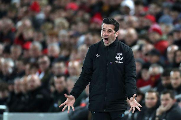 Portugalilaisen Marco Silvan komennossa Everton valahti putoajan paikalle.