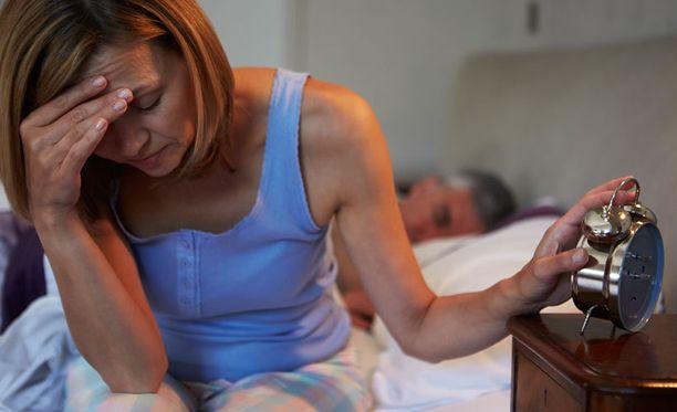 Tuoreen selvityksen mukaan unilääkkeistä on vain vähän vaikutusta uniongelmien korjaamiseen. Selvityksen mukaan niin sanottu lyhytterapia voisi olla lääkkeitä tehokkaampi hoitomuoto.