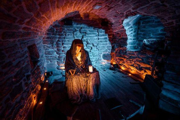 Tallinn Legends esittelee kaupungin historiaa niin näyttelijöiden kuin erikoistehosteidenkin avulla.