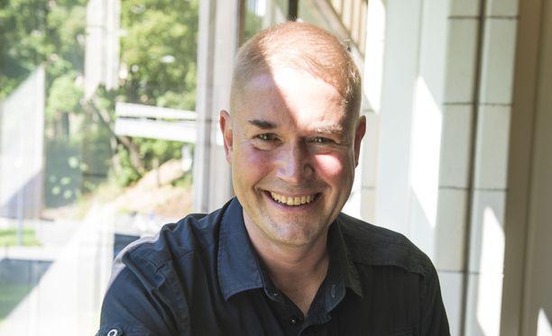 Marco Bjurström oli yli 20 vuotta Volvo-miehiä, kunnes hommasi Tesla-leasing-auton.