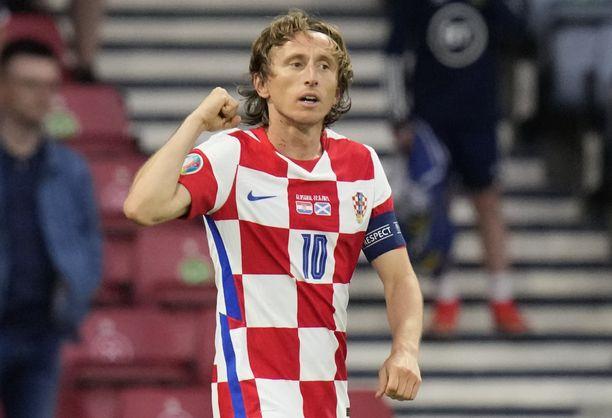 Luka Modric johti Kroatian 16 parhaan joukkoon.