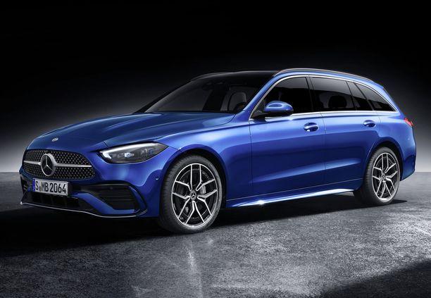 Uusi C-sarjan Mercedes on hieman edeltäjäänsä pidempi ja tilavampi.