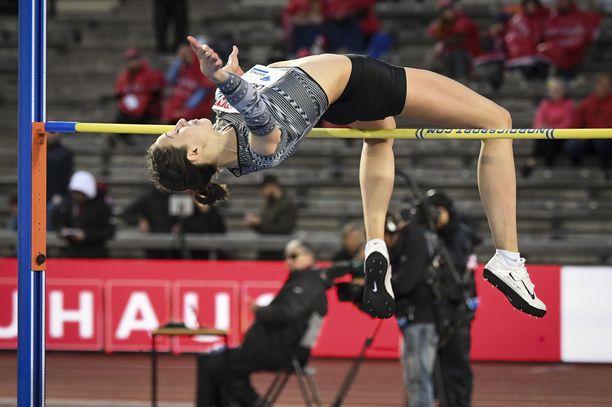 Korkeushyppääjä Marija Lasitskene on yksi neutraalin lipun alla Berliinin EM-kisoissa kilpailleista venäläisurheilijoista. Hän voitti kisoissa Euroopan mestaruuden.
