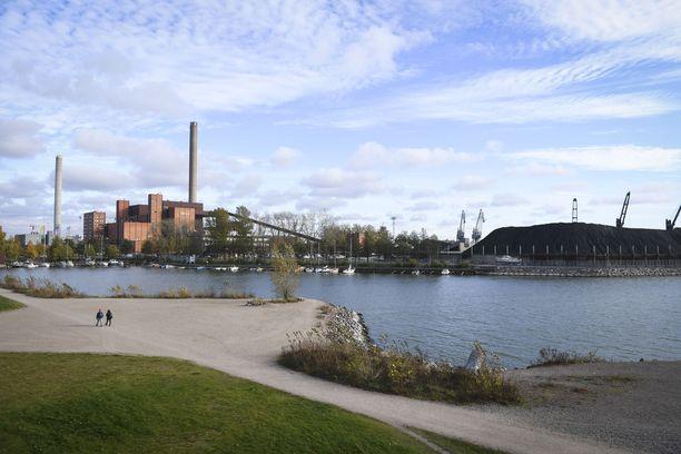 Helsingin Hanasaaressa sijaitseva voimala suljetaan huhtikuussa 2023.