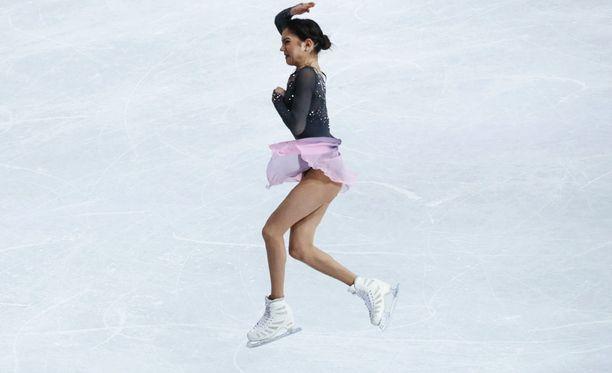 Jevgenija Medvedeva häikäisi täydellisyydellään Hartwall-areenan jäällä.