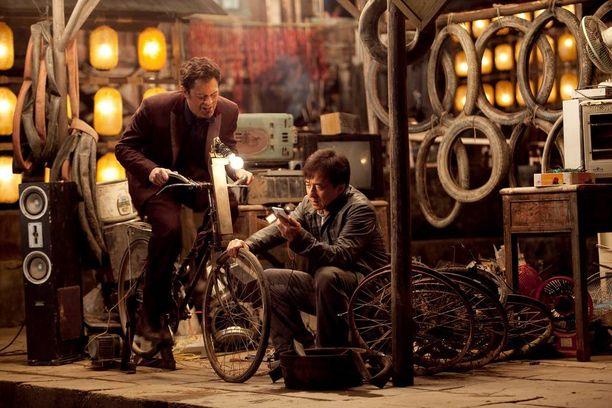 Jackie Chan ja Johnny Knoxville velmuilevat uudessa toimintakomediassa.