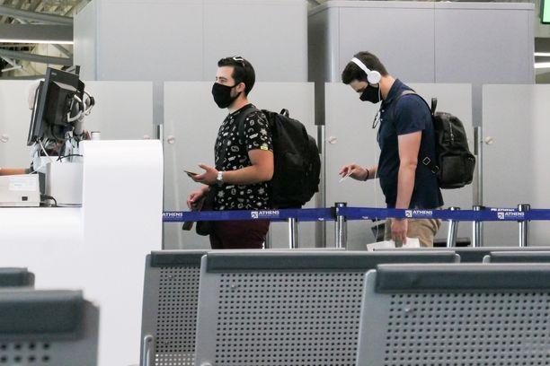 Kansainvälinen z-sukupolvi saattaa pyyhkiä Suomen tomut jaloistaan, jos kotimaa ei tarjoa heille tarpeeksi, kirjoittaa Iltalehden toimittaja Sami Koski.
