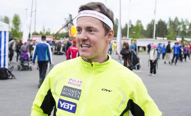 Sami Jauhojärvellä oli rankka keikka Jukolan viestissä. Arkistokuva vuoden 2015 Paimion Jukolan viestistä.