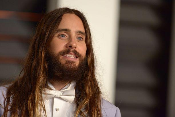 Jared Leto taitaa olla tällä haavaa maailman ainut ihminen, joka ei hehkuta Joaquin Phoenixin roolisuoritusta Joker-elokuvassa.