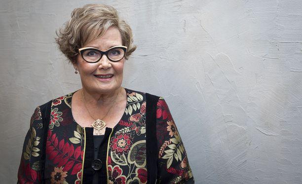 Eva-Riitta Siitonen kiittää saamastaan tuesta Helsingin Sanomien julkaisemassa Facebook-kirjoituksessa.