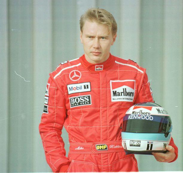 Mika Häkkinen nousi suureksi formulasankariksi. Kuva vuodelta 1996.