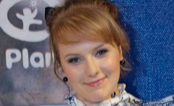 Johanna Louhivuori eli artisti Yona pyrkii Tangomarkkinoille.