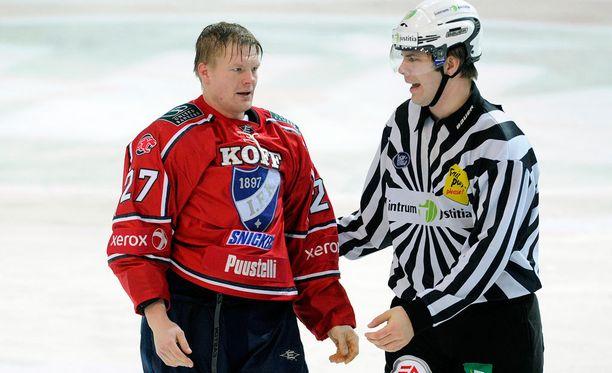 Mikko Jokela pelaa loppukauden KooKoossa.