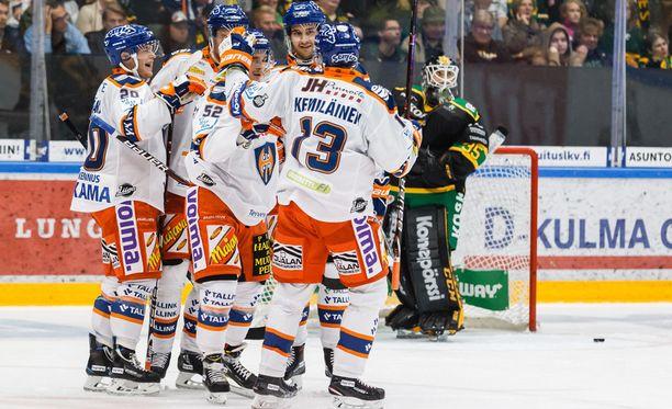 Tappara oli parempi Tampereen kauden ensimmäisessä paikallisottelussa Ilvestä vastaan.