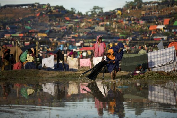 Jo yli 400 000 rohingyaa on paennut Bangladeshiin. Pakenijoista yli puolet on Unicefin arvion mukaan lapsia.