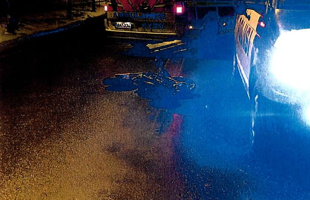 15-vuotias mopoilija menehtyi onnettomuuspaikalle.