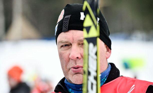 Hiihtovalmentaja Reijo Jylhällä ei ole mitalitavoitetta torstain MM-sprinttiin.