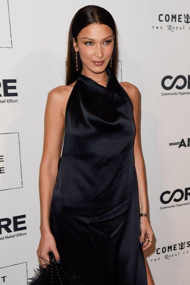 Bella Hadid lukeutuu maailman seuratuimpiin pukeutujiin.