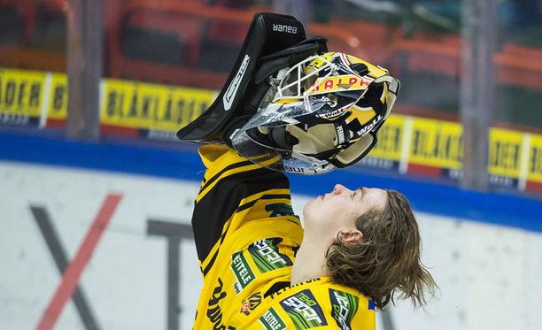 Samu Perhonen sai kehuja Pekka Virralta.