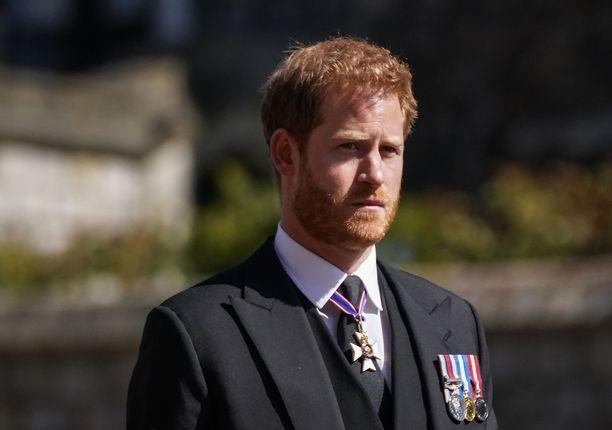 Prinssi Harry prinssi Philipin hautajaisissa.