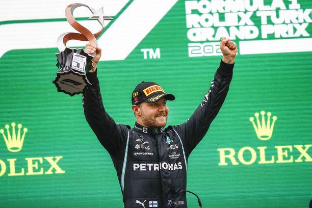 Valtteri Bottas tuuletti Turkin GP:n voittoa.