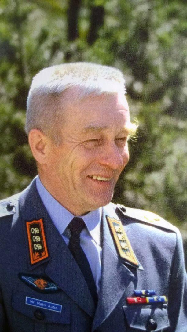 Rajakenraali Matti Autio oli kuollessaan 82-vuotias.