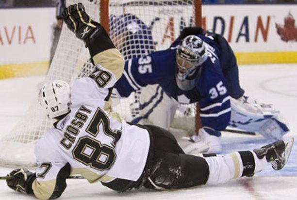 Sidney Crosby tunnetaan NHL:ssä kovana työntekijänä.