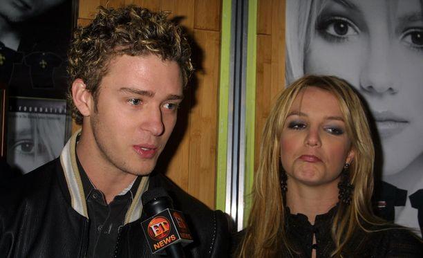 Justin Timberlake ja Britney Spears seurustelivat 2000-luvun alkupuolella. Tämä kuva on vuodelta 2002.